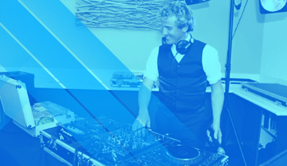 DJ in Coffs Harbour: Contact Us Today »