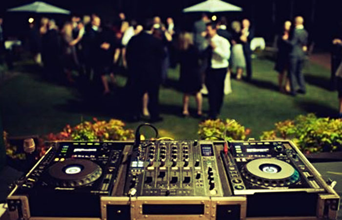 Mobile DJ in Coffs Harbour NSW